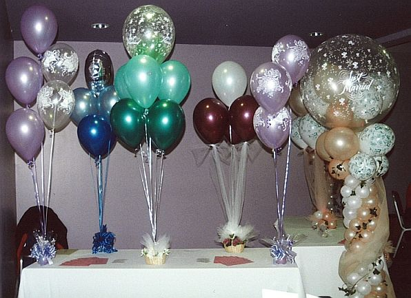 Balloons table decorations party favors ideas for Balloon decoration for weddings