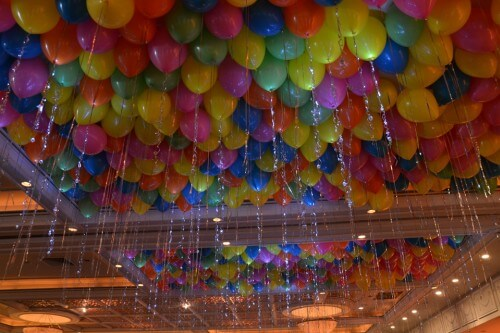 Use discount balloons to create these stunning balloon ceilings.
