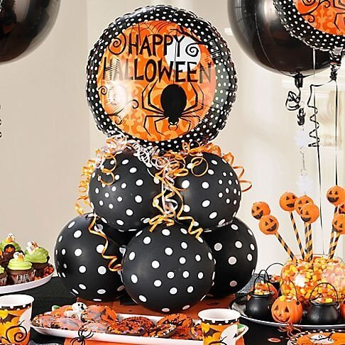 DIY Halloween Balloon Decoration