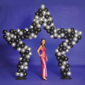 how do you make a star shape balloon arch