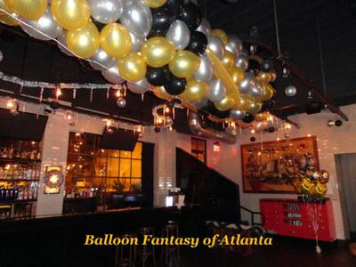 Balloon Drop Net (Image source: balloonfantasyofatlanta.com]