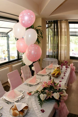 balloons for wedding decorations wedding balloon decorations beautiful and affordable 1471
