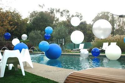 Beautiful Pool Decoration Idea: Floating Helium Balloons