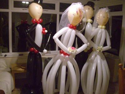 Balloon Bride and Groom