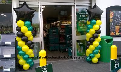 Balloon Columns as Store Decoration