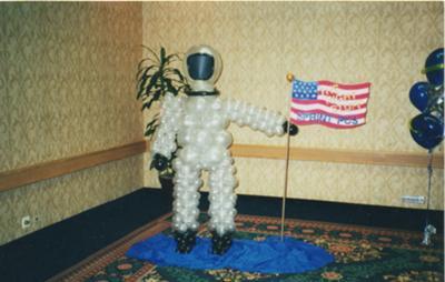 Balloon Sculpture - Astronaut