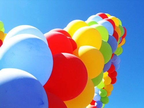 Balloon Arch with colorful spiral pattern